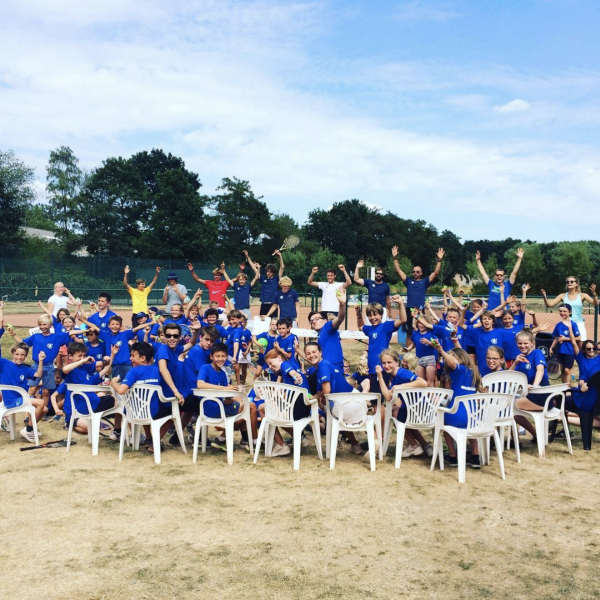 Tennisschool groepsfoto